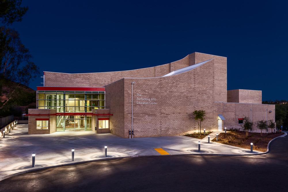 Calabasas-High-School-Performing-Arts-Education-Center-6-Entry-at-Night