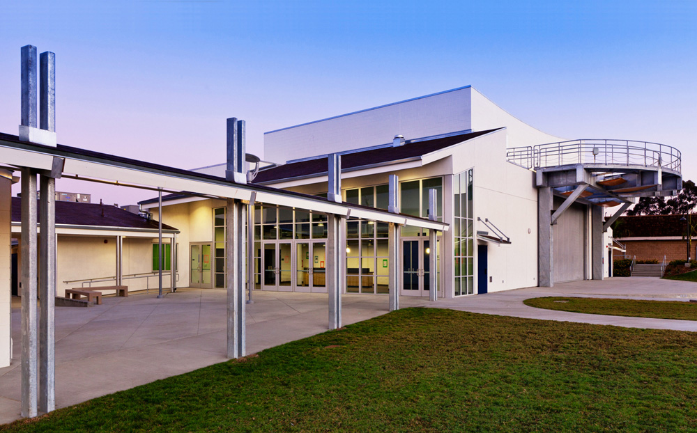San-Dieguito-Academy-Performing-Arts-Center-3-Theatre-Entrance-and-Amphitheatre-Stage-at-Right