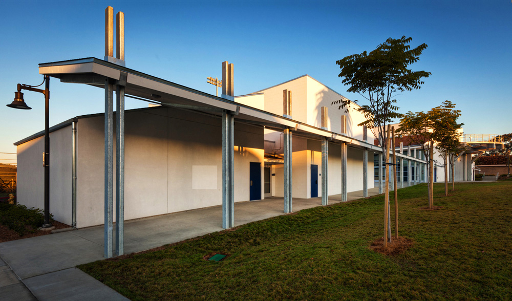 San-Dieguito-Academy-Performing-Arts-Center-4-Covered-Walkway