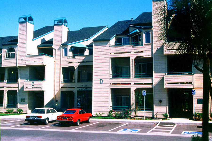Creekview-Apartments-2-