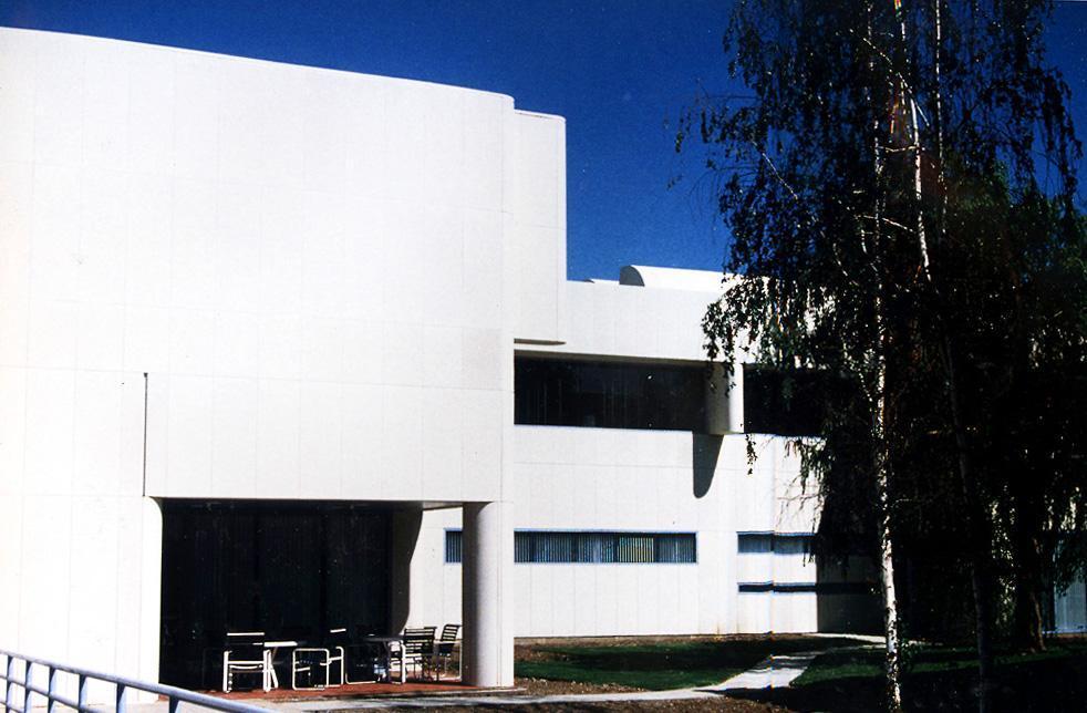 El-Camino-Hospital-3-Side-View