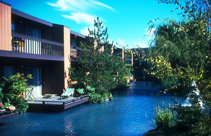 Lakeside-Apartments-3-