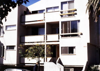 Lee Apartments & Shops