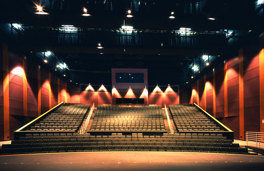 Lincoln-High-School-Performance-Center-2-Main-Theatre