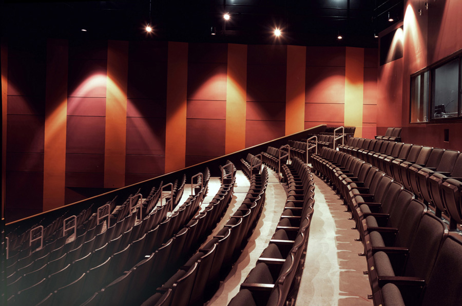 Lincoln-High-School-Performance-Center-3-Main-Theatre-Audience-Chamber