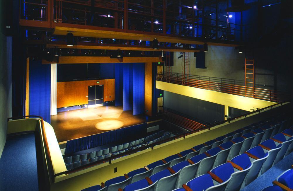 Madrid-Theatre-3-Balcony-View