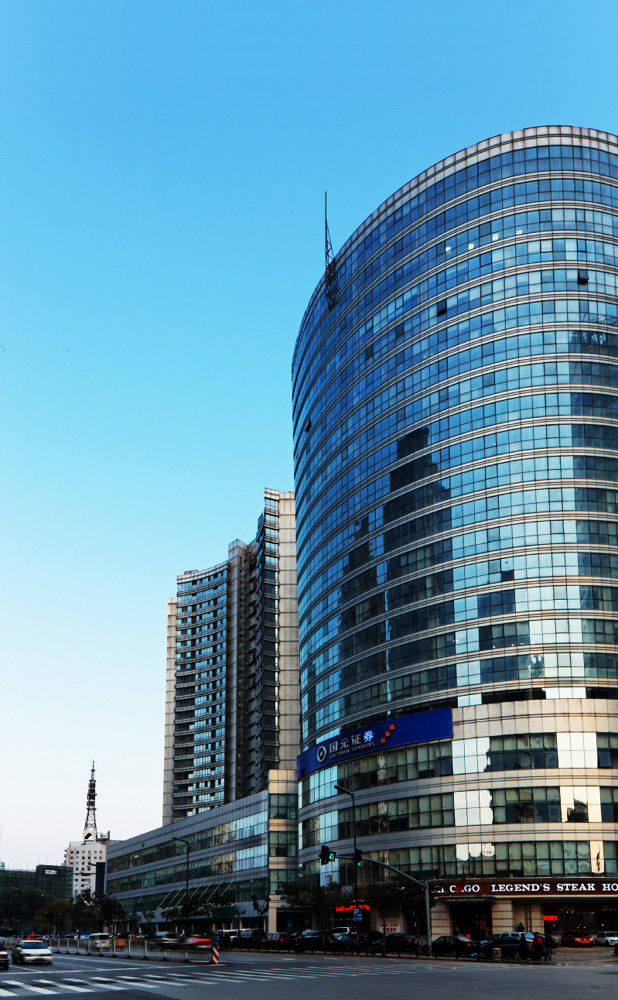 ShenYang-Jinli-Rresidential-Commercial-Plaza-2-Exterior-Rendering-Offie-Tower-in-Foreground