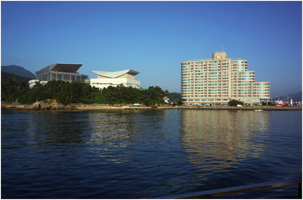 Tongyeong-Music-Hall-3-Completed-Venue-View-from-the-Sea