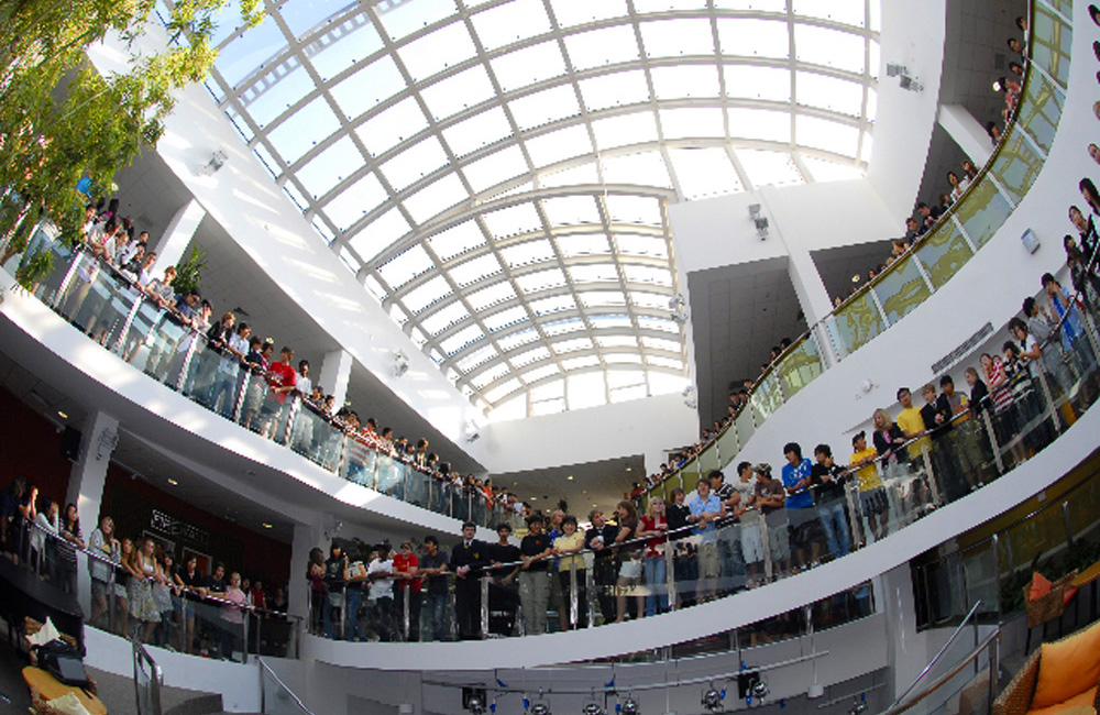 Western-Academy-of-Beijing-HS-10-View-of-Atrium1