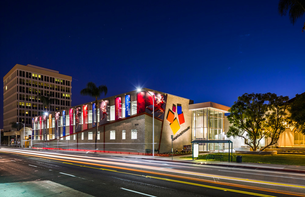 Orange-County-School-of-the-Arts_01-night-shot1